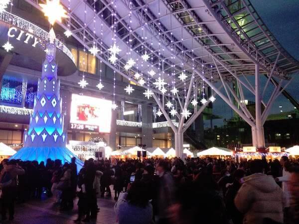 福岡クリスマスマーケット 博多 イルミネーション