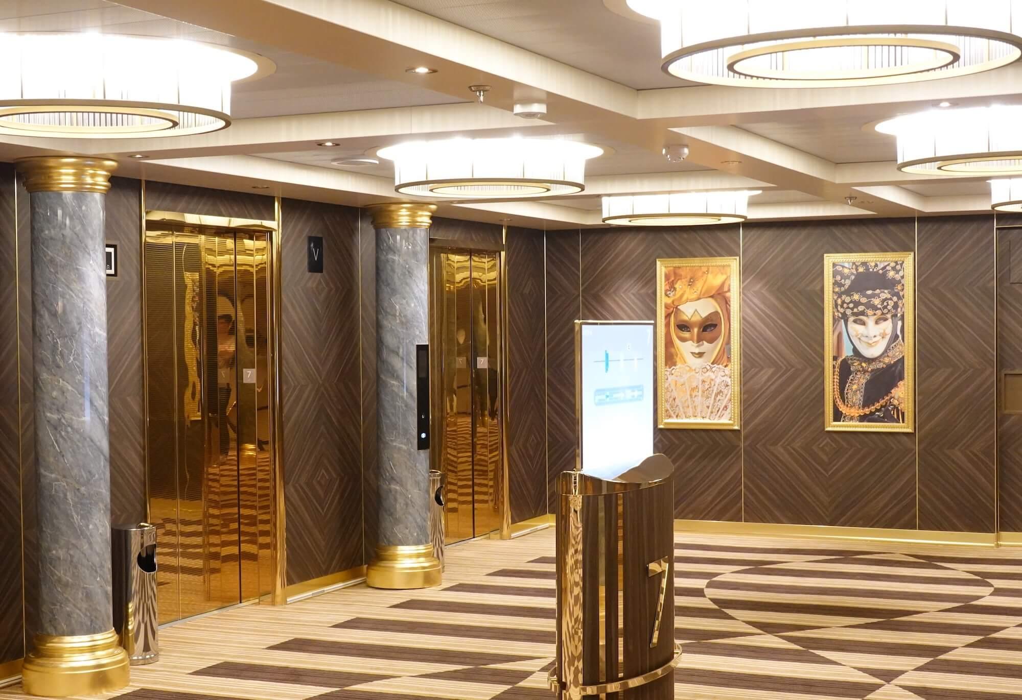 エレベーターホール01
