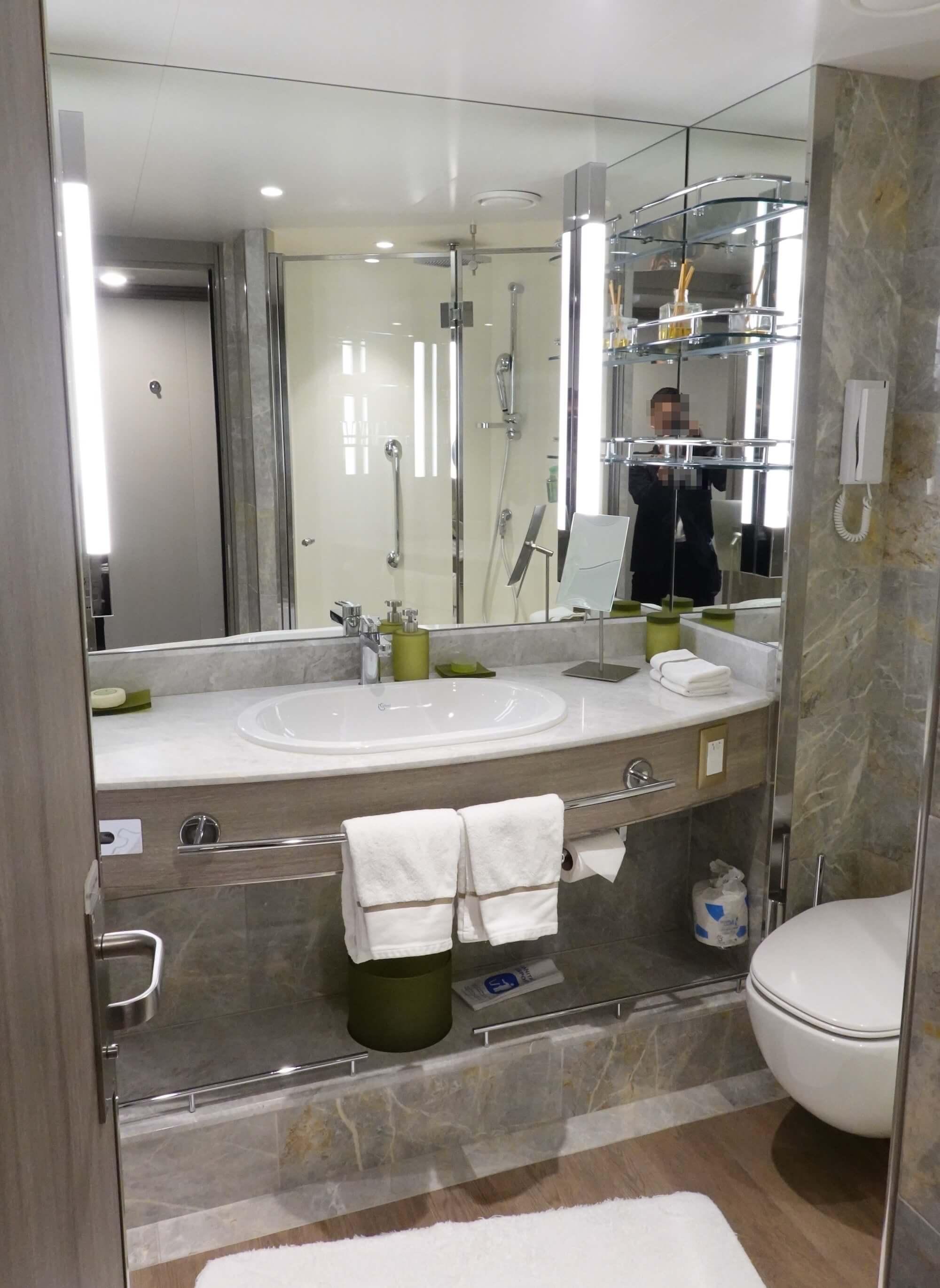 シルバーミューズ スーペリア ベランダ スイート シャワールーム01