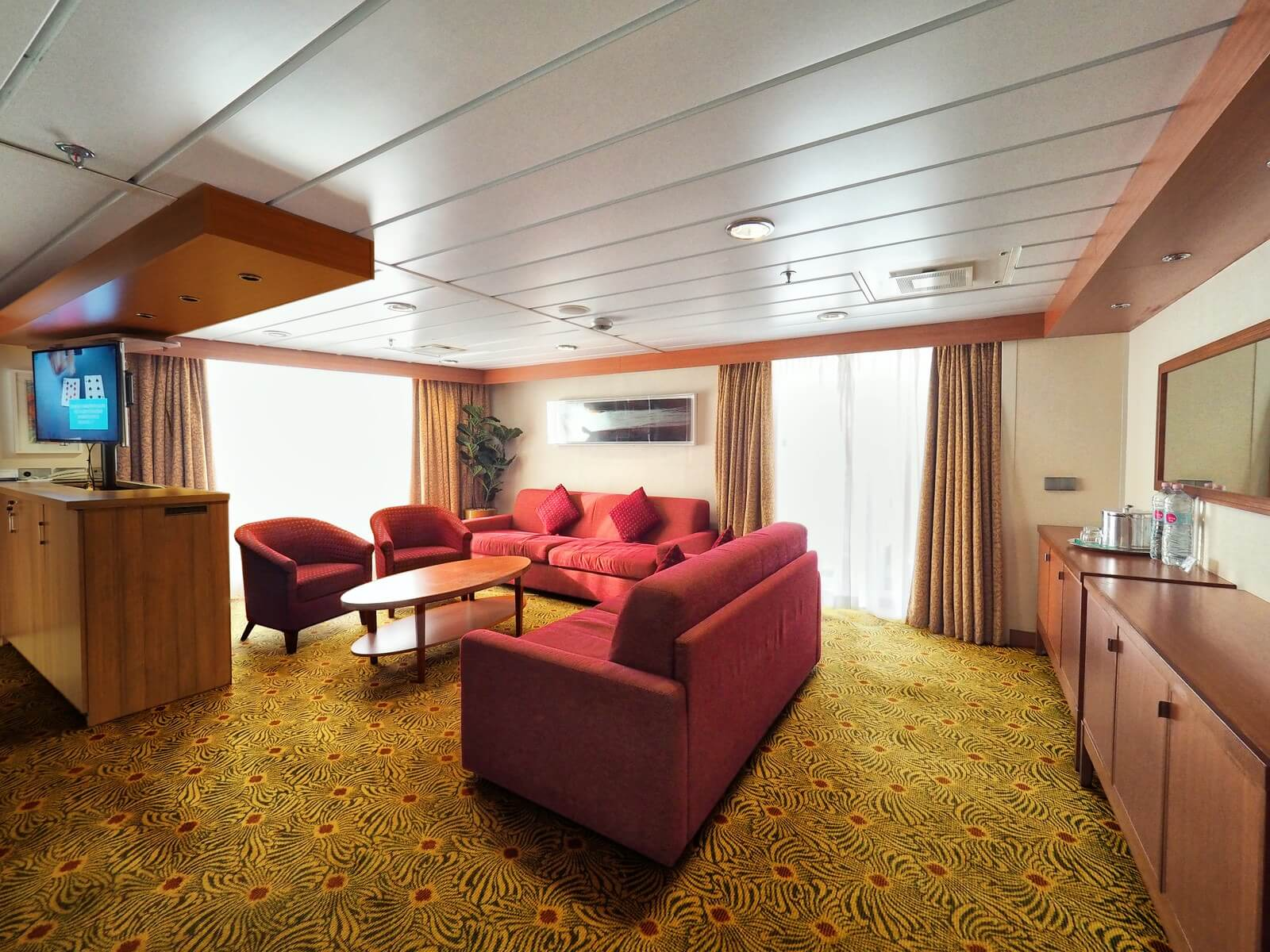 ピースボートプレミアム 客室 ペントハウス スイート1